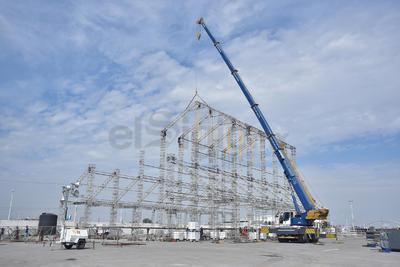 La estructura Mk de aluminio, sobre la que se levantará en Torreón, la reproducción a tamaño real de la Capilla Sixtina del Vaticano; ya se encuentra a un 40 por ciento de avance, explicó el productor del proyecto, Gabriel Berumen.