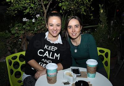 Paloma y Natalia.