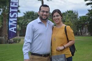 07032018 EN PAREJA.  Antonio y Yamina.