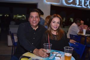 09032018 José y Érika.