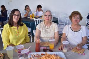 10032018 Hilda, Cristy y Paty.