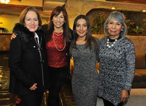 11032018 ENTRE AMIGAS.  Lupita con Brenda, Sandra y July en su fiesta de cumpleaños.
