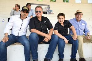 11032018 Pedro, Alexis, Manuel y Luis.