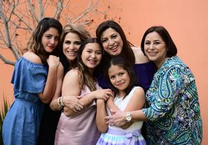 11032018 EN FAMILIA.  Aracely Rodríguez de Quezada en su celebración de cumpleaños.
