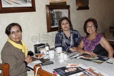 Iliana, Cris y Soco.