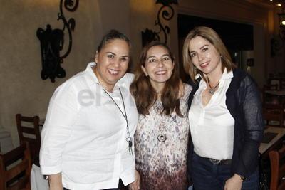 Carla, Rocío y Norma.