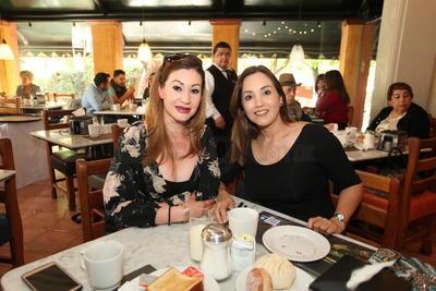 Sandra y Dinora.