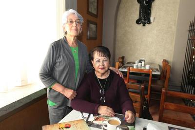 Malena Martínez y Laurita Treviño.