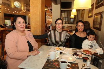 Familia Arce Quiñones.