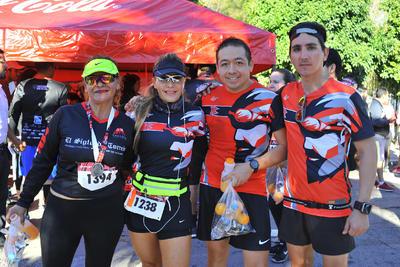 15032018 Lupita, Silvia, Jorge y Luis.