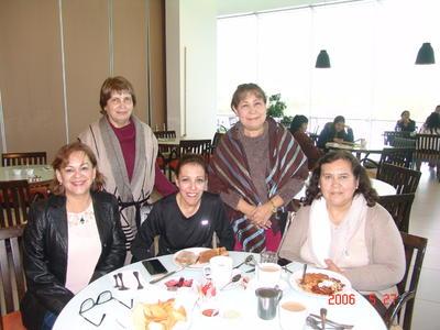 15032018 Virgina, Paty, Rosy, Marilú y Paty.