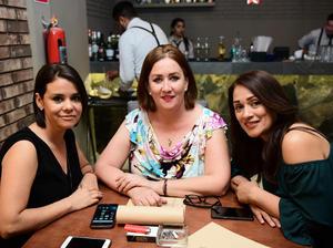 17032018 Conchita, Sara y Claudia.
