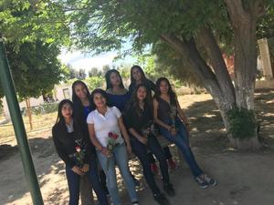 18032018 POSAN PARA LA FOTO.  Carolina, Rosa Isela, Lily, Natali, Andrea, Salma y Damaris.