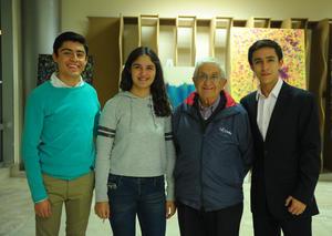 18032018 EN RECIENTE EVENTO.  Luis, Mariana, José y Salvador.