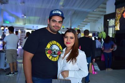22032018 Mario y Karla.