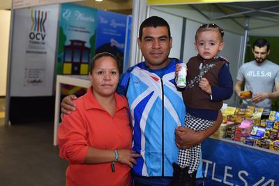 22032018 Alma, Óscar Adrián y Wendy.