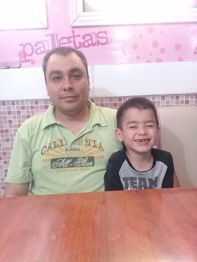 22032018 Francisco con su hijo, Paquito.