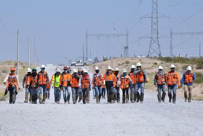 Trabajadores subcontratados que se encargaron de la infraestructura del parque reclaman una liquidación no correspondiente a los 10 meses que estuvieron trabajando.