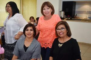 24032018 EN RECIENTE FESTEJO.  Yuvisela, Alma Leticia y Martha.