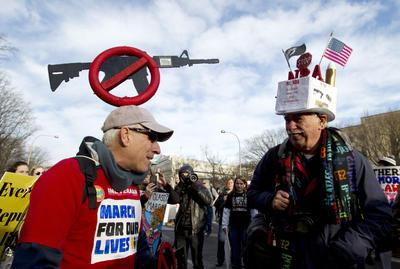 Liderados por activistas, se unieron a un reclamo en forma de marcha.