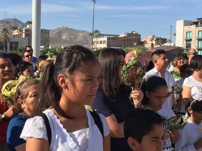 Fieles celebraron el Domingo de Ramos en Torreón.