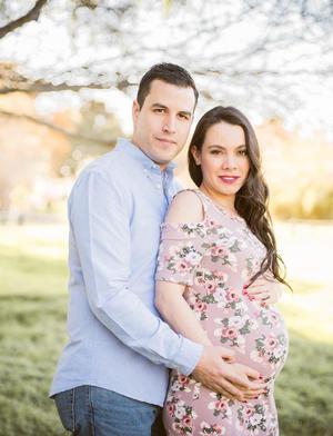 25032018 Ricardo y María en la espera de su bebé.