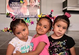 28032018 Charol, Julia y Amaya.