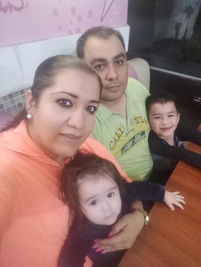 29032018 Familia Quiñones Flores.
