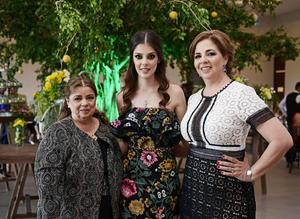 29032018 DESPEDIDA DE SOLTERA.  Lynette Roig con Alicia M. Román y Victoria Armendáriz