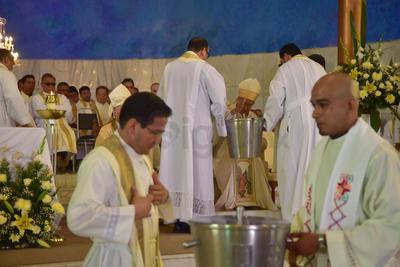 También tuvo lugar la renovación de la institución del sacerdocio.