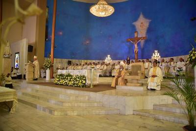 Lo acompañó el obispo emérito José Guadalupe Galván Galindo.
