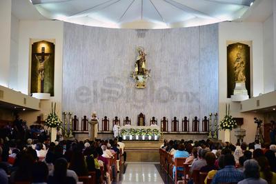 La celebración tuvo lugar en Catedral del Carmen.