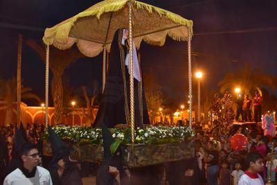 Viesca recibió a miles de personas que acudieron a apreciar esta nueva tradición.