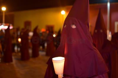 Viesca celebró la tarde del viernes la Procesión del Silencio una de las conmemoraciones religiosas más antigua e importante desde su fundación como pueblo el 24 de julio de 1731.