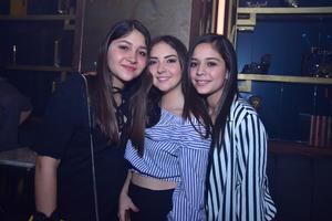 30032018 Sofía, Brenda y Fernanda.