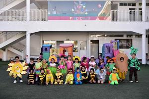 30032018 COLORIDA MAñANA.  Niños de preescolar en su Festival de la primavera.