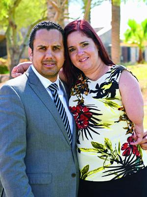 31032018 EN PAREJA.  Alan Ganem y Scarlett Murra.