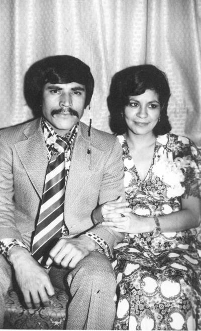 01042018 Roberto y Guille en 1974.