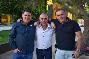 02042018 ENTRE AMIGOS.  Juan José, Pepe y Fernando.