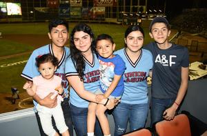03042018 Fernanda, Titi, Albita, Fernanda, Diego y Jaime.