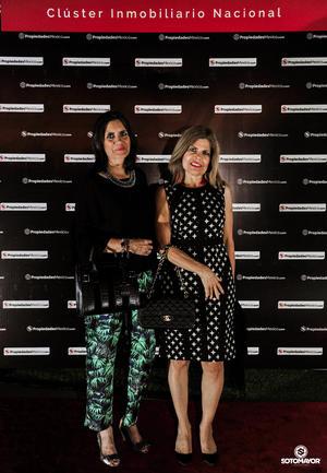Elena de la Mora y Coco Santelices