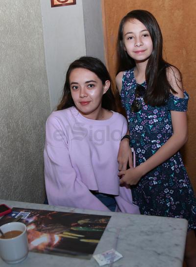 Jimena y Camilia.