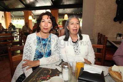 Palmira Maldonado y Verónica López.