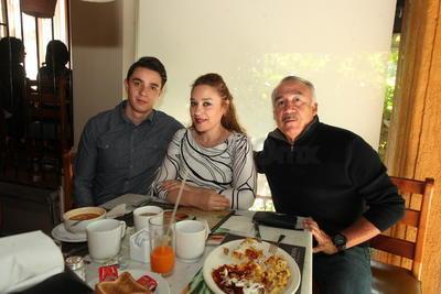 Familia Espinoza Solís.