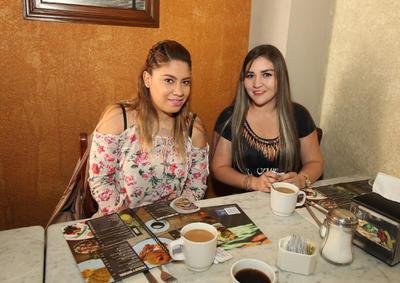 Nancy Mendoza y Judith Venegas.