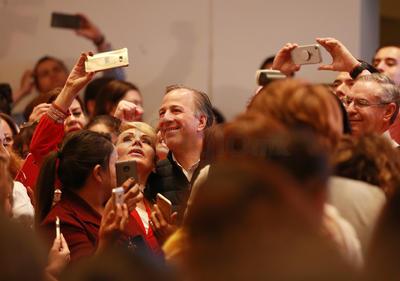 Es su primera visita a Durango como candidato de la coalición Todos por México.