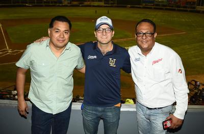 05042018 Oswaldo, Carlos y Francisco.