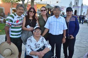 05042018 René, Julia, Gabriela, Bertha, Erasmo y Elvira, desde Ocean Side, California.