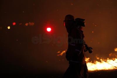 Fuego consume yonke de tráilers