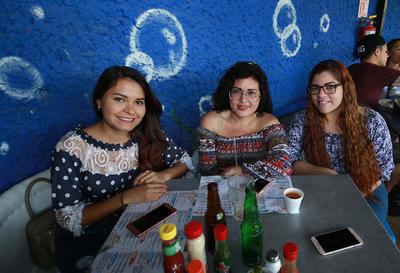 Kitzia, Ninel y Liz.